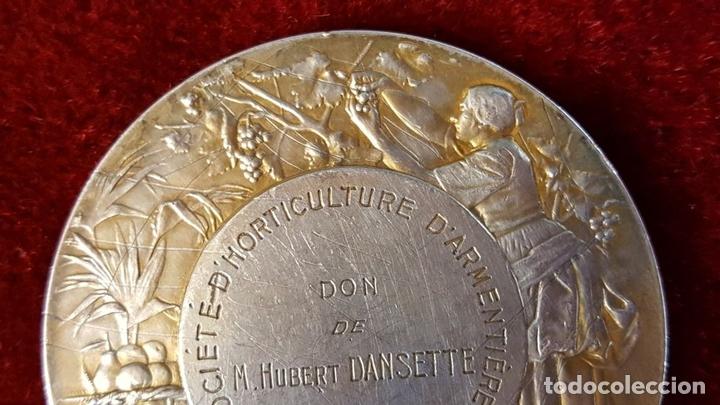 Monedas antiguas de Europa: MEDALLA DE PLATA. SOCIETE DHORTICULTURE DARMENTIERES. A. RIVES. FRANCIA 1927. - Foto 4 - 98186871