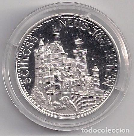 MEDALLA DE PLATA CONMEMORATIVA DE ALEMANIA REY LUDOVICO II 1845-1886 - CASTILLO DEL REY LOCO (Numismática - Extranjeras - Europa)