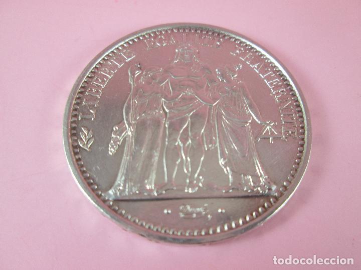Monedas antiguas de Europa: lote 3 monedas-50 francs 1976-50 francs 1977-10 francs 1966-república francesa-excelente estado - Foto 4 - 106100895