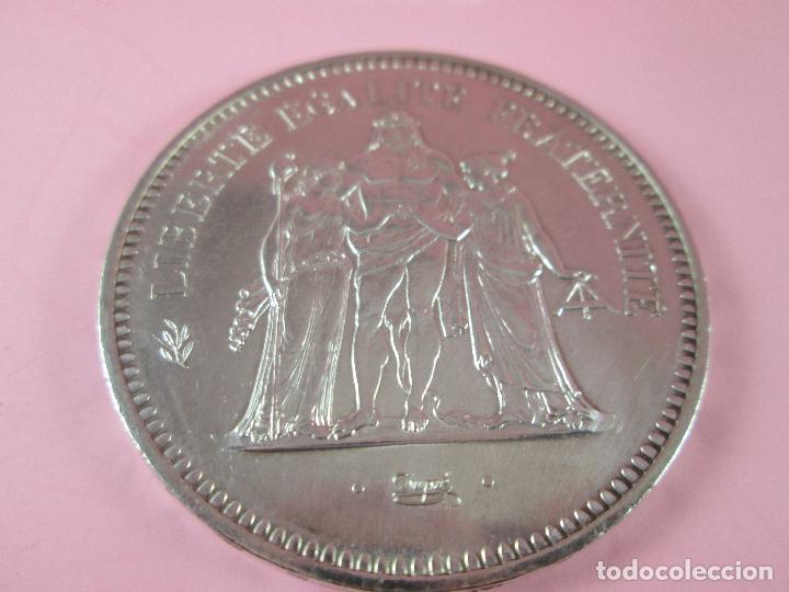 Monedas antiguas de Europa: lote 3 monedas-50 francs 1976-50 francs 1977-10 francs 1966-república francesa-excelente estado - Foto 5 - 106100895