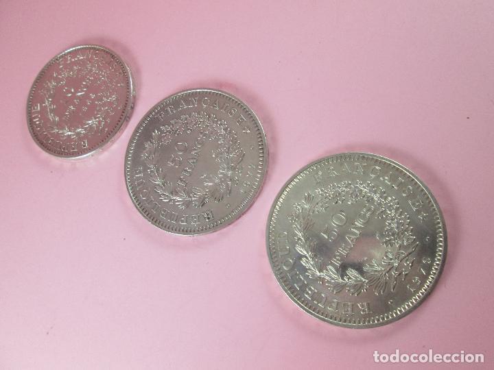 Monedas antiguas de Europa: lote 3 monedas-50 francs 1976-50 francs 1977-10 francs 1966-república francesa-excelente estado - Foto 7 - 106100895