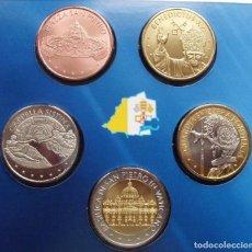 Monedas antiguas de Europa: INTERESANTE BLISTER DE 5 MONEDAS DE L A CIUDAD DEL VATICANO DE 2013 CON DIFERENTES IMAGENES. Lote 111530659