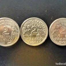 Monedas antiguas de Europa: FRANCIA - 2 FRANCOS 2X1944 Y 1X1943 LOTE 3 MONEDAS MBC. Lote 134086318
