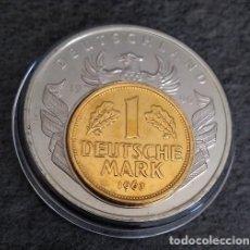 Monedas antiguas de Europa: BONITA MONEDA PLATA CON UNA MONEDA DE 1 DM DE 1963 SOBRE ELLA DE ALEMANIA 1990 EDICION LIMITADA. Lote 140368578