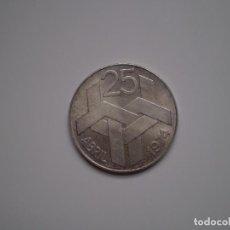 Monedas antiguas de Europa: 250 ESCUDOS PLATA 1976 PORTUGAL. REVOLUCIÓN DE LOS CLAVELES 25 ABRIL 1974 . Lote 144007382