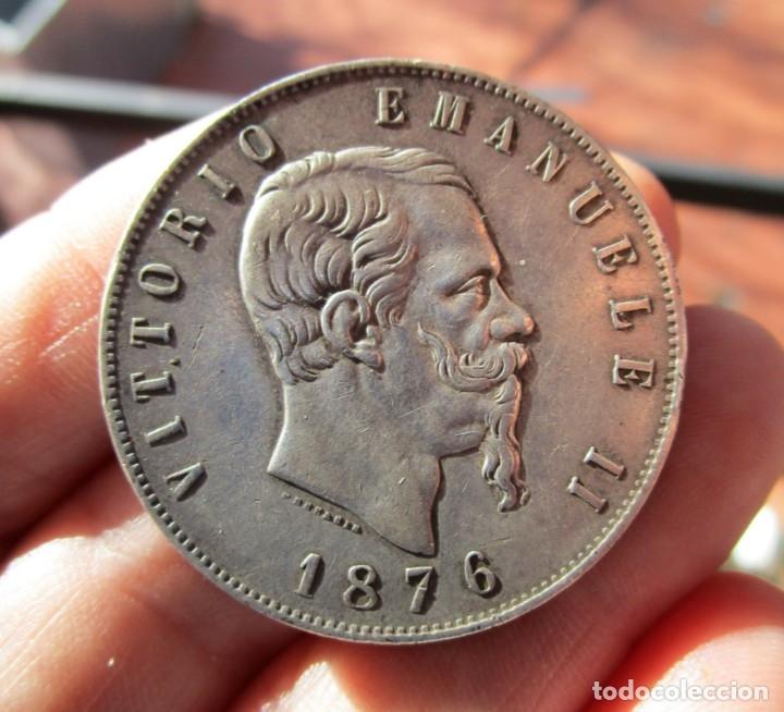VITTORIO EMANUELE . 5 LIRAS DE PLATA ANTIGUAS . TAMAÑO GRANDE (Numismática - Extranjeras - Europa)