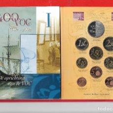 Monedas antiguas de Europa: HOLANDA CARTERA 8 MONEDAS 2€ A 1C Y MEDALLA DE PLATA 2002.. Lote 171799660
