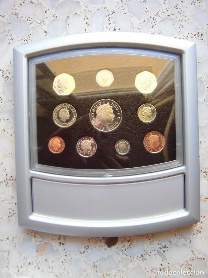 ESTUCHE EXPOSITOR MONEDAS REINO UNIDO 2000 (Numismática - Extranjeras - Europa)