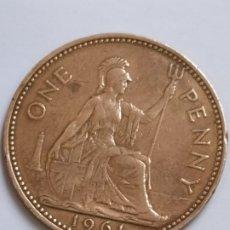 Monedas antiguas de Europa: ANTIGUA MONEDA ONE PENNY 1961 ELIZABETH II. Lote 182712008