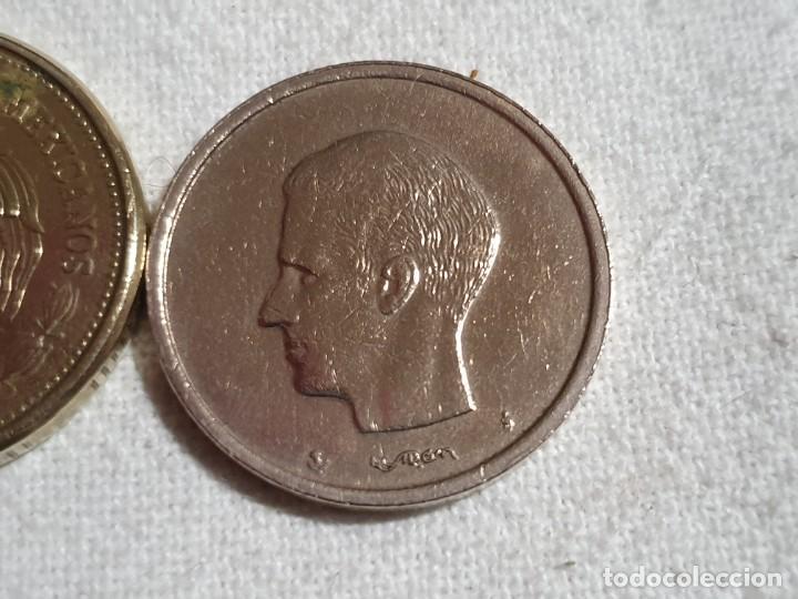 Monedas antiguas de Europa: Lote 3 monedas MBC - 5 francs + 100 pesos + 20 francs - Foto 10 - 184664270