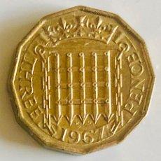 Monedas antiguas de Europa: CURIOSA MONEDA DODECAGONAL 3 PENIQUES 1967 INGLATERRA. Lote 186360177