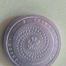 Monedas antiguas de Europa: REPÚBLICA CHECA 200 KORUN DE PLATA 2000. Lote 189691398