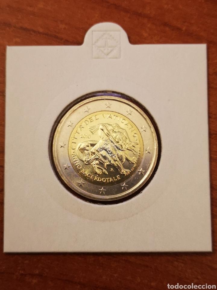 VATICANO 2010 2 EURO CONMEMORATIVOS (Numismática - Extranjeras - Europa)