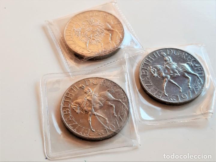 GB UK 3 MONEDAS REINO UNIDO JUBILEO DE PLATA CORONA ELIZABETH II 1977 28.55 GRAMOS CADA UNA (Numismática - Extranjeras - Europa)