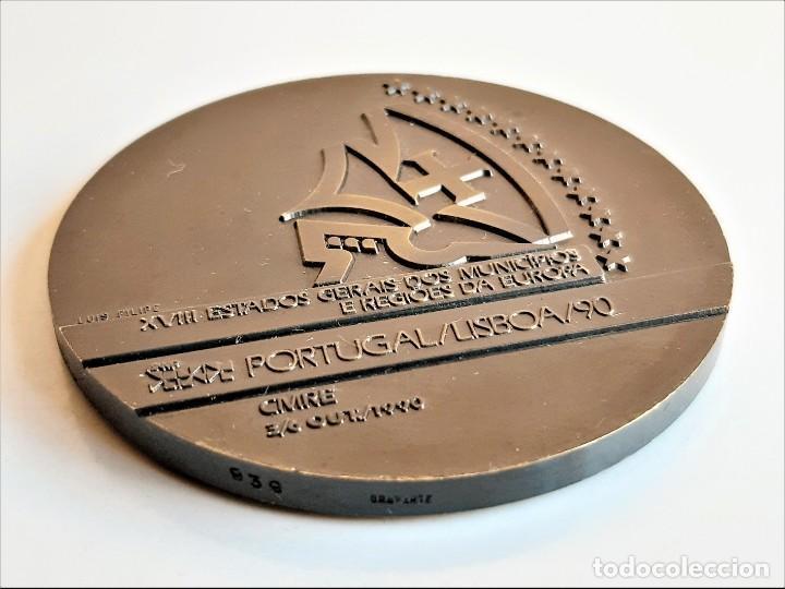 Monedas antiguas de Europa: MEDALLON BRONCE PORTUGAL LISBOA 1990 XVIII ESTADOS GERAIS DOS MUNICIPIOS E REGIOES DA EUROPA- 60.MM - Foto 6 - 195312147
