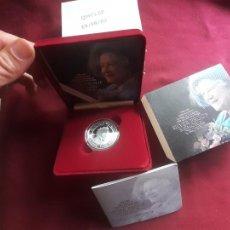 Monedas antiguas de Europa: REINO UNIDO. 5 POUNDS / LIBRAS DE PLATA DE 2002. REINA MADRE.. Lote 218528671