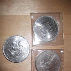 Monedas antiguas de Europa: LOTE 3 MONEDAS DE 40 M/M QUEEN ELIZABETH II. SILVER WENDING CROWN 1947 1972 Y COMMEMORATIVE CROWN. Lote 232775840