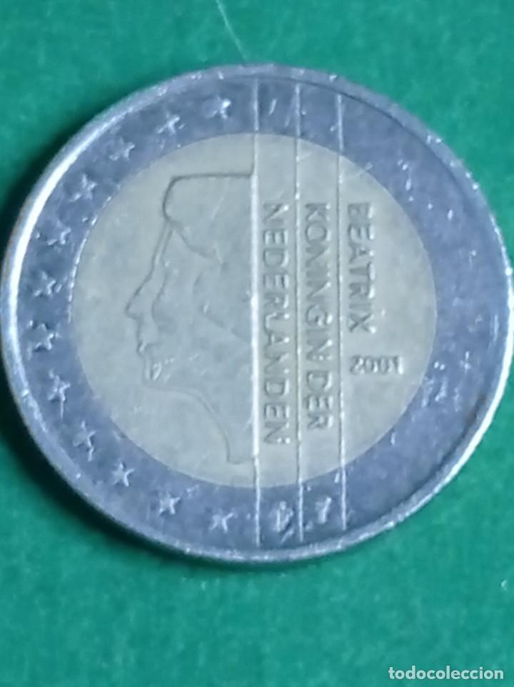 MONEDA 2 EUROS BEATRIX KONINGIN DER NEDERLANDEN 2001 (Numismática - Extranjeras - Europa)