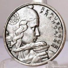Monedas antiguas de Europa: ⚜️ B2241. 100 FRANCS 1955. VARIANTE TOCADO DE CINTA ANCHO. FRANCIA. AB695. Lote 248591145