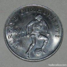 Monedas antiguas de Europa: MONEDA TURQUIA 100 LIRAS, MUNDIAL DE FUTBOL 1982, MIDE 3,7 CMS.. Lote 262705925