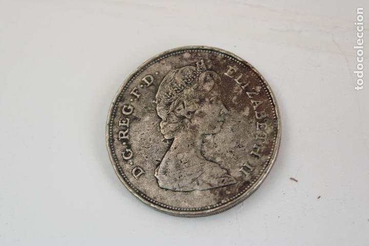 Monedas antiguas de Europa: Reino Unido 25 peniques, 1980 Cumpleaños 80 de la Reina Madre - Foto 2 - 276109338