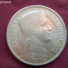 Monedas antiguas de Europa: LETONIA. 5 LATI DE PLATA DE 1931. Lote 296731928