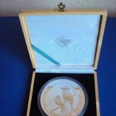 Monedas antiguas de Oceanía: (MO-78)MONEDA DE 10 DOLARES AUSTRALIA-10 ONZAS DE PLATA KOOKABURRA EN ESTUCHE AÑO 1999. Lote 38169651