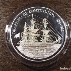 Monedas antiguas de Oceanía: PITCAIRN 50 DOLARES 1988 (155,5 GRAMOS - 5 ONZAS TROY). Lote 90542070