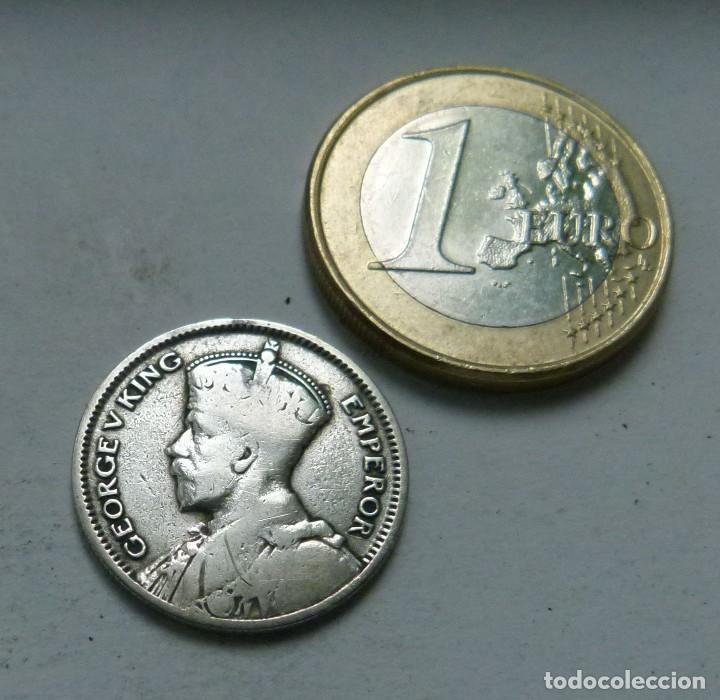 Monedas antiguas de Oceanía: MONEDA DE PLATA DE 6 PENIQUES DE NUEVA ZELANDA AÑO 1933 - Foto 2 - 120449479