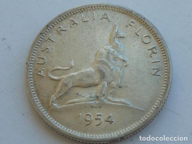 MONEDA DE PLATA DE 1 FLORIN DE AUSTRALIA DE 1954, REINA ISABEL II DE INGLATERRA., PESA 11,3 GRAMOS (Numismática - Extranjeras - Oceanía)