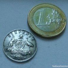 Monedas antiguas de Oceanía: MONEDA DE PLATA DE 6 PENIQUES DEL EMPERADOR JORGE V DE AUSTRALIA AÑO 1921 MBC RARA. Lote 128070843