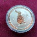 Monedas antiguas de Oceanía: AUSTRALIA. ONZA DE PLATA PURA DE 1999. AÑO DE LA LIEBRE. ENCAPSULADA. SC. Lote 159855162