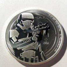 Monedas antiguas de Oceanía: NIUE - STAR WARS - STORMTROOPER 2018 - 1 ONZA DE PLATA. Lote 190356152