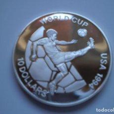 Monedas antiguas de Oceanía: 10 DOLARES 1993 FIJI. ELIZABETH II. WORLD CUP USA 1994. PLATA 31,64GR. Lote 190742640