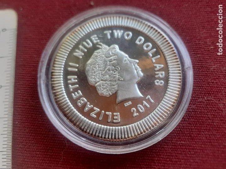Monedas antiguas de Oceanía: Niue. Onza de plata pura de 2017. Encapsulada. SC - Foto 2 - 272279578
