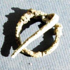 Monedas antiguas: FIBULA -25 MM. Lote 193674551