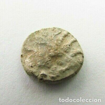 Monedas antiguas: RARA MONEDA CELTA DE PLATA PESA 0,9 GRAMOS - Foto 2 - 246792240