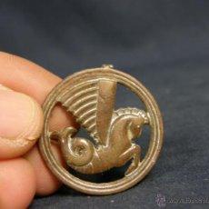 Monedas con errores: MEDALLA BRONCE RESTOS PLATEADO PEGASO TRITÓN ALADO MITAD S XX 33MM. Lote 49396045