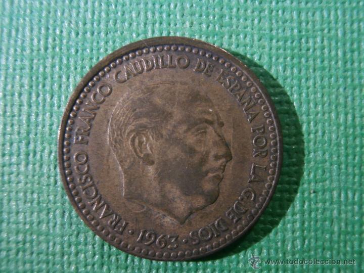 Monedas con errores: 1 peseta - 1963 * 66 - Acuñación desplazada - - Foto 2 - 54938228