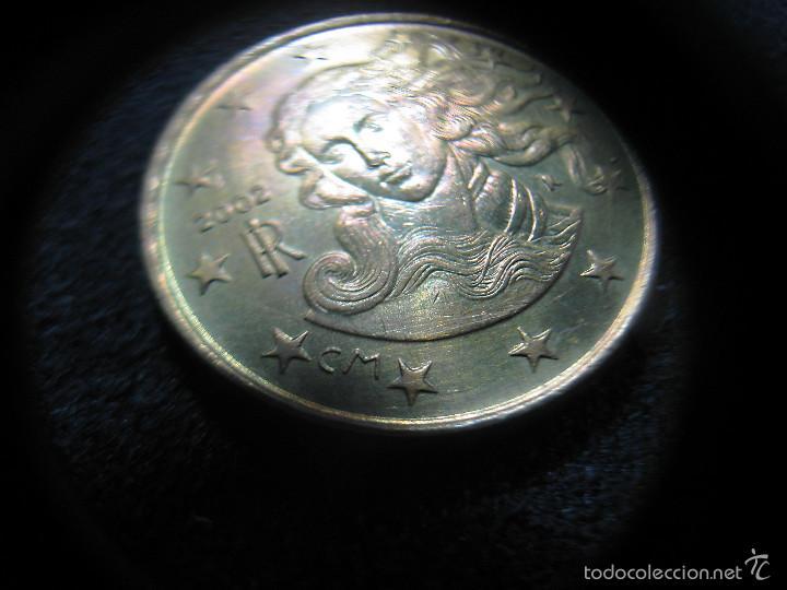 Monedas con errores: 10 céntimos Italia año 2002 - Variante cM (La c tiene un tamaño menor que la M) - Foto 3 - 55338216