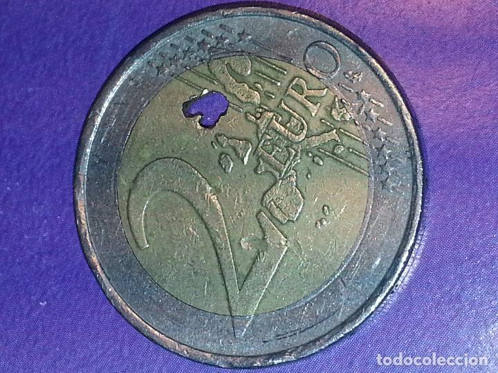 Monedas con errores: euro fallo de fabricacion - moneda 2 euros error de acuñacion , falta de metal . ver foto - Foto 4 - 128074938