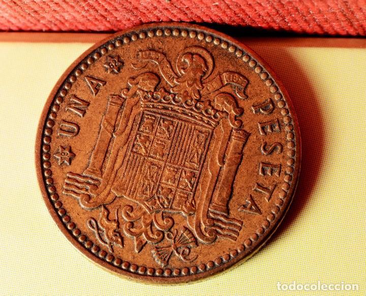 Monedas con errores: PESETA 1953 *63: ERRORES POR LETRAS INCUSAS EN REVERSO, DESCENTRAMIENTO EN ANVERSO, ETC. (REF. 346) - Foto 2 - 92312305