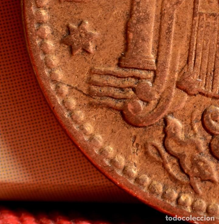 Monedas con errores: UNA PESETA 1963 *65: CONSIDERABLES ERRORES MÚLTIPLES (REF. 348) - Foto 2 - 92312810