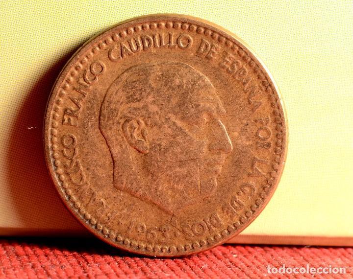Monedas con errores: UNA PESETA 1963 *65: CONSIDERABLES ERRORES MÚLTIPLES (REF. 348) - Foto 3 - 92312810