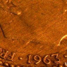 Monedas con errores: MONEDA DE UNA PESETA 1963 *66: ERROR POR REPINTES EN EL ANVERSO (REF. 417). Lote 98629299