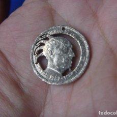 Monedas con errores: CURIOSA MONEDA FRANCO CORTE PELO PUNKY MONEDA 5 PESETAS ORIGINAL 1957. Lote 101755847