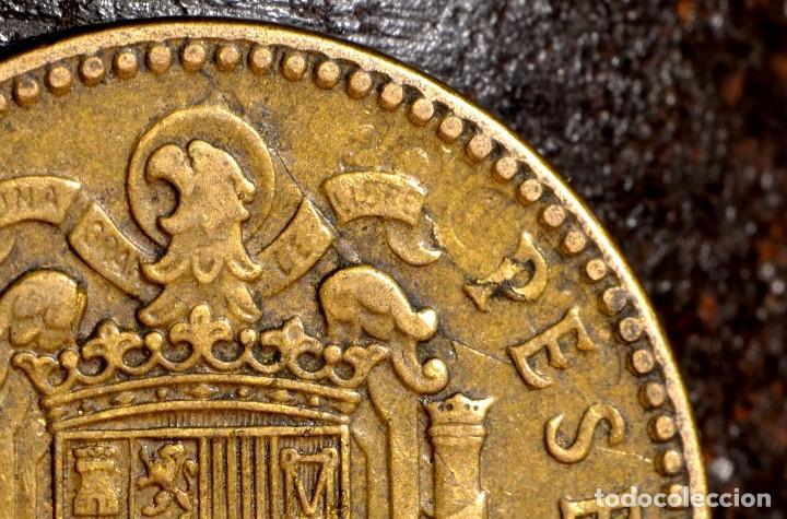 Monedas con errores: MISCELANIA DE ERRORES EN PESETA DE 1963 *64 (REF. 438) - Foto 2 - 107702943