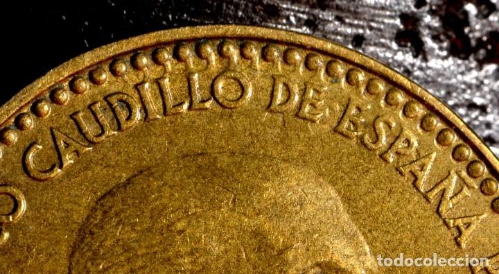TRES GRANDES ERRORES EN PESETA DE 1966 *67 (REF. 457) (Numismática - España Modernas y Contemporáneas - Variedades y Errores)