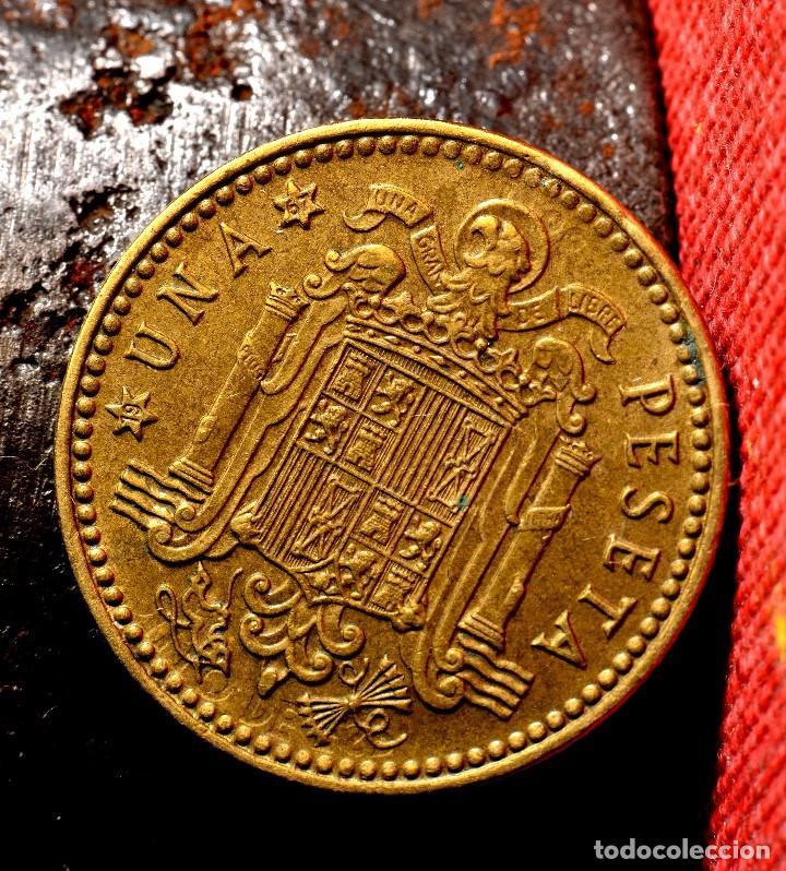 Monedas con errores: TRES GRANDES ERRORES EN PESETA DE 1966 *67 (REF. 457) - Foto 5 - 108028623