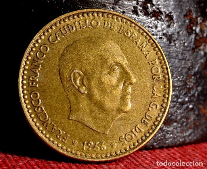 Monedas con errores: TRES GRANDES ERRORES EN PESETA DE 1966 *67 (REF. 457) - Foto 7 - 108028623